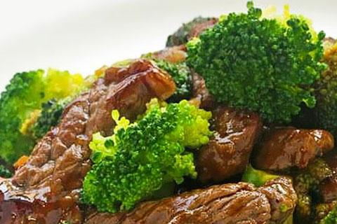 Bistec con brócoli