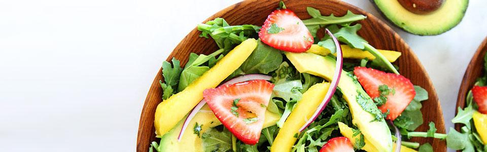 Ensalada de Arúgula, fesa y mango