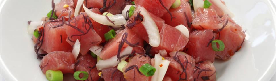 Ahí poke: ensalada de atún crudo